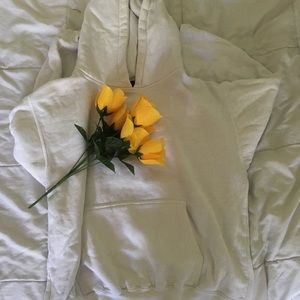 Other - plain white cropped hoodie 🌟